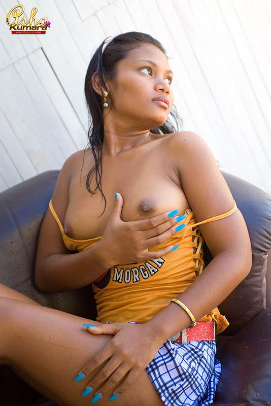Asha naked